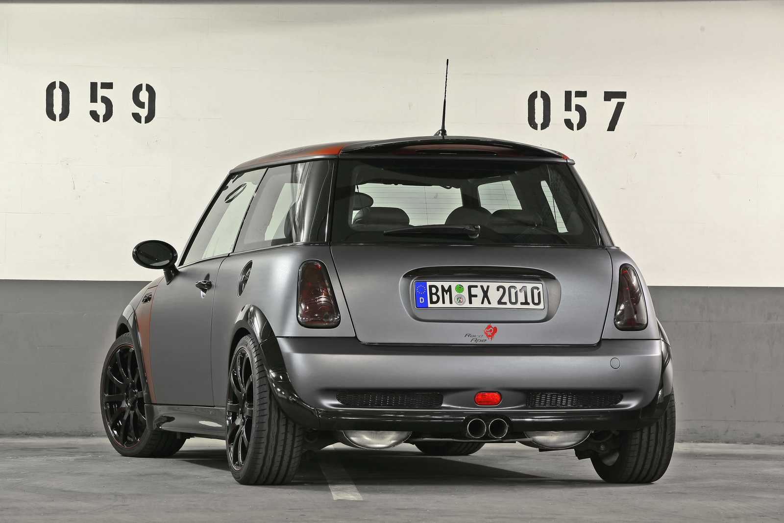 coverefx revisits mini cooper s r53 today 39 s auto reviews. Black Bedroom Furniture Sets. Home Design Ideas