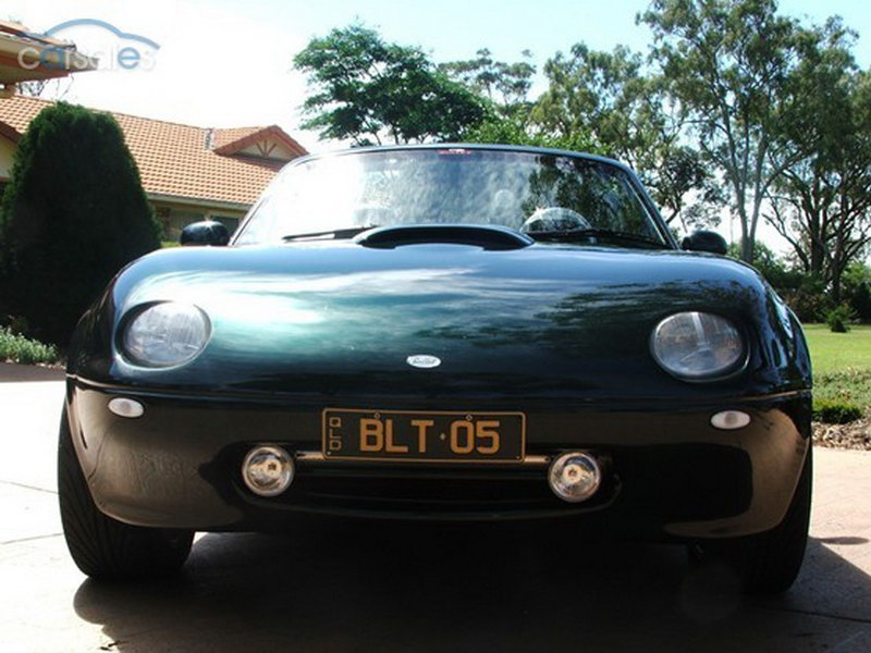 A Mazda MX-5 On Steroids: Australia's V8 Engined Bullet